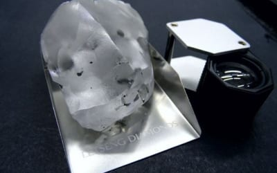 The Incredible 910 Carat Gem from Lesotho